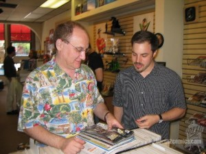 Geoff Johns & Jeph Loeb at Earth-2 Comics