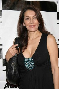 Marina Sirtis appears at Gathering of the Gargoyles.