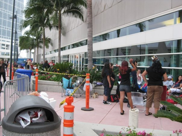 The start of the line of Hall H. This went way back and looped back around and started another line.