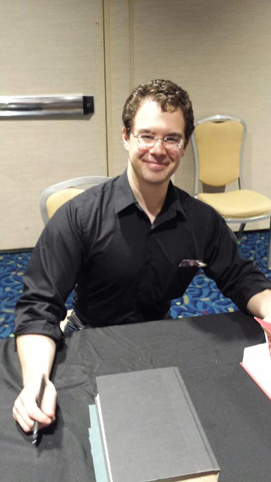 Christopher Paolini pauses for a pic during his (only!) book signing of the weekend.